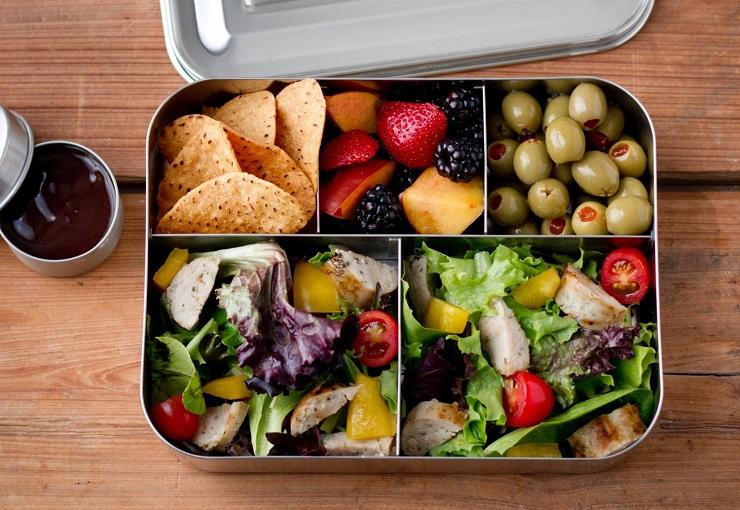 Zdrowie W Pudelku Czyli Wszystko Co Powinienes Wiedziec O Cateringu